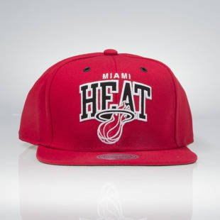 Mitchell & Ness snapback Miami Heat red EU965 Black and White Arch