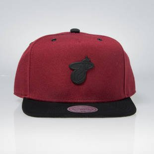 Mitchell & Ness snapback cap Miami Heat red EU972 DEMAND 2.0
