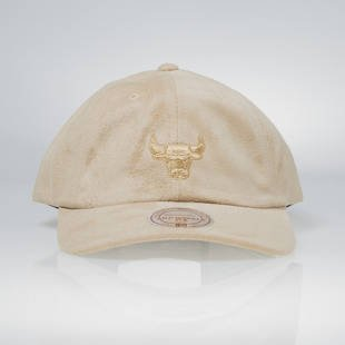 Mitchell & Ness strapback Chicago Bulls tan QB74Z Micro Suede Slouch