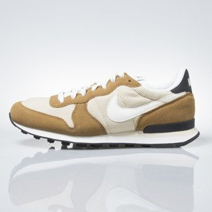 Nike Internationalist vegas gold / sail-rocky tan-blk (828041-701)