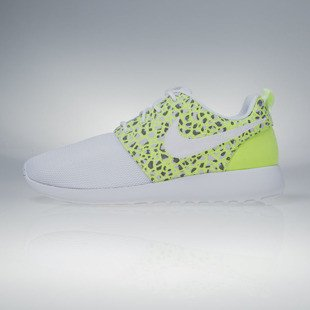 Nike WMNS Roshe One Premium white / white-ghost green (833928-100)