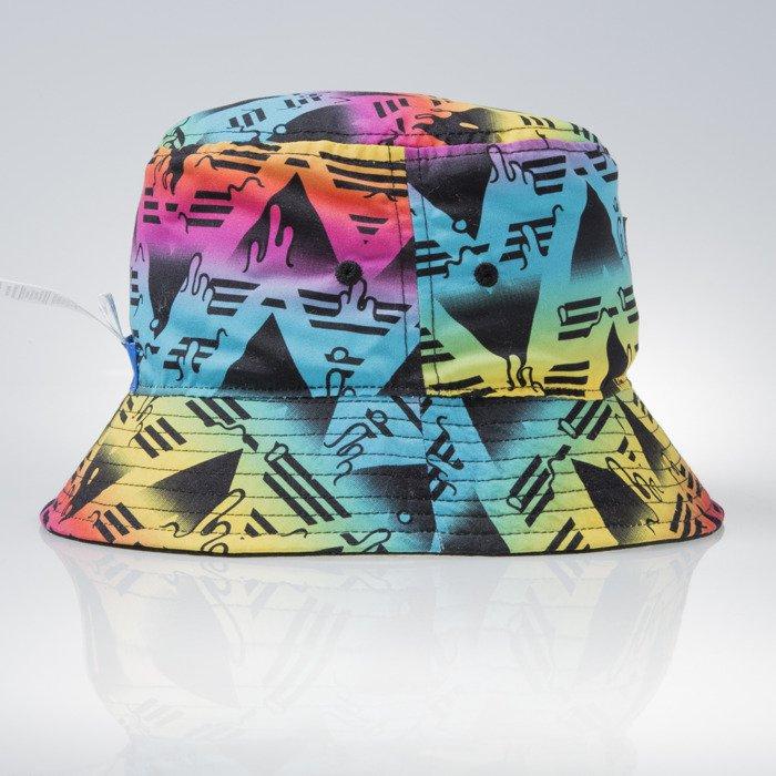 bucket hat adidas