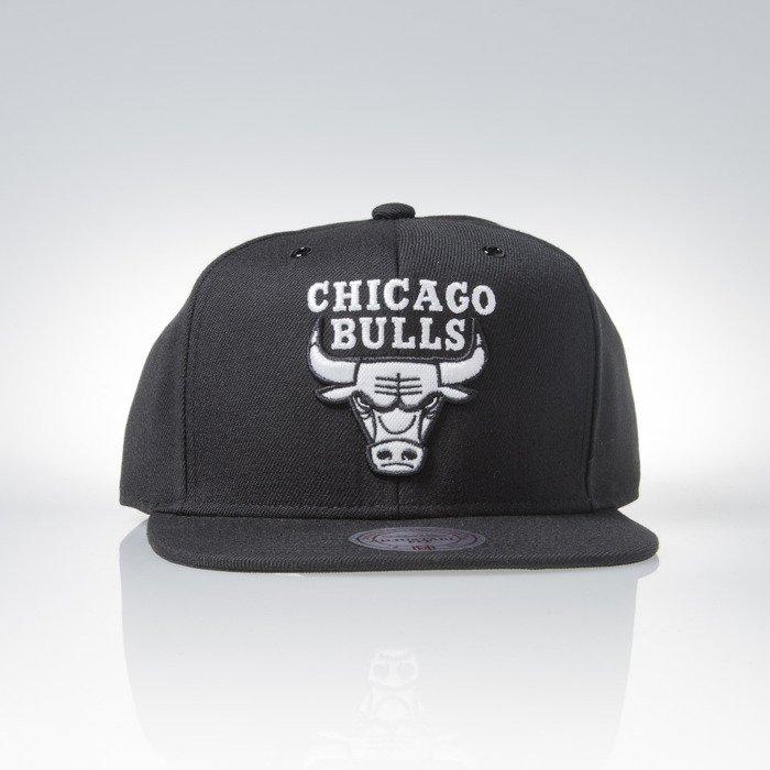 mitchell amp ness cap snapback chicago bulls black black