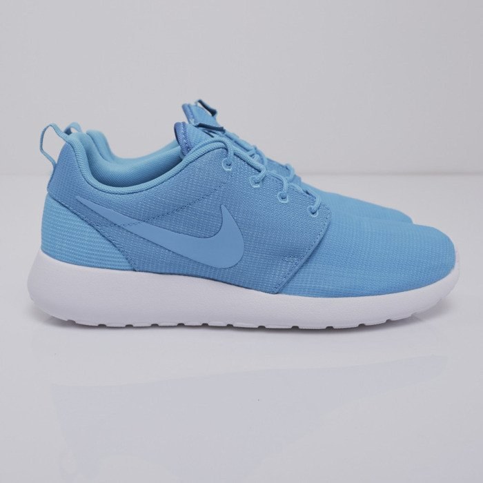 sneakers nike roshe run blue lagoon blue lagoon light blue lacquer. Black Bedroom Furniture Sets. Home Design Ideas