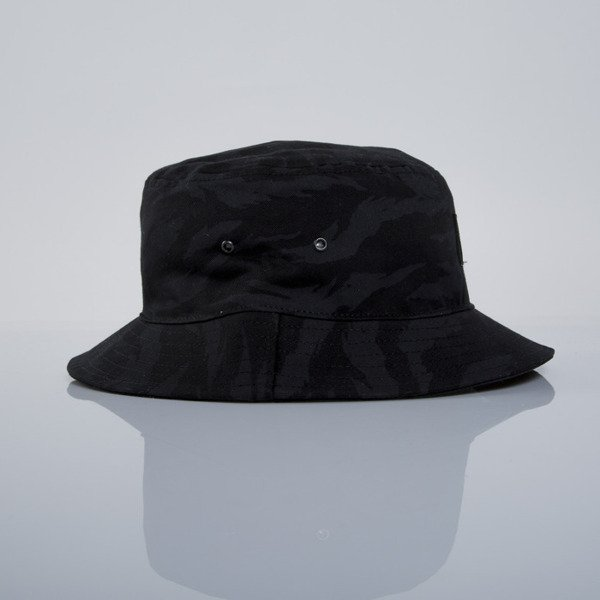 Backyard Cartel bucket hat Back black
