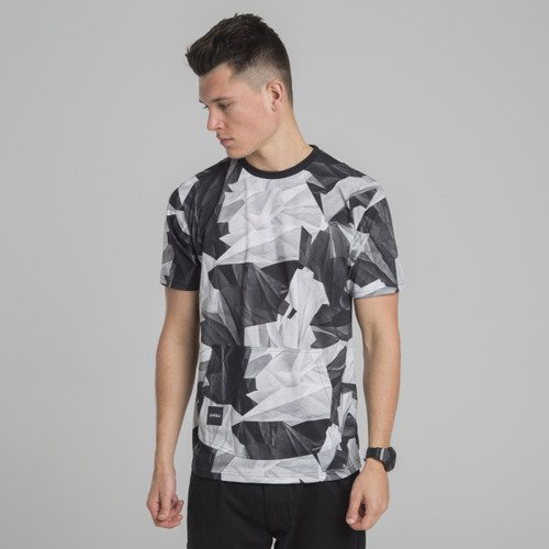 Backyard Cartel t-shirt Paper Camo multicolor ILLUSTRATED
