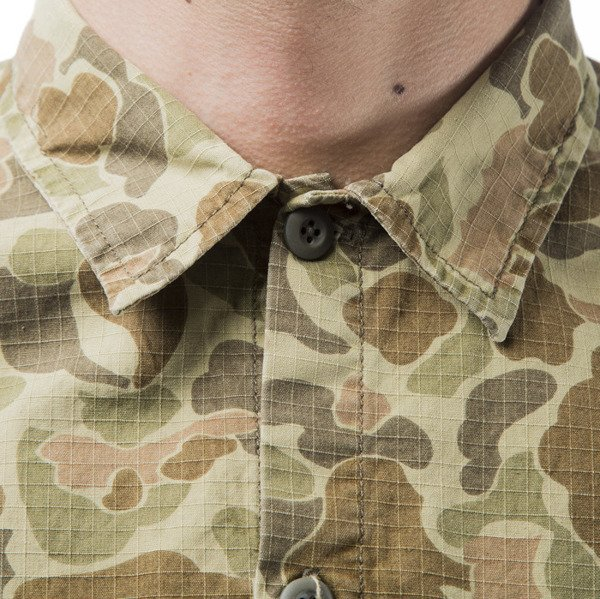 Carhartt WIP L / S Mission Shirt camo outdor
