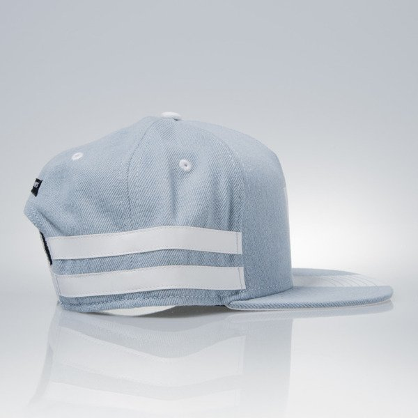 Cayler & Sons Black Label snapback Tres Slick Cap light blue denim / white (BL-CAY-AW15-15-03)