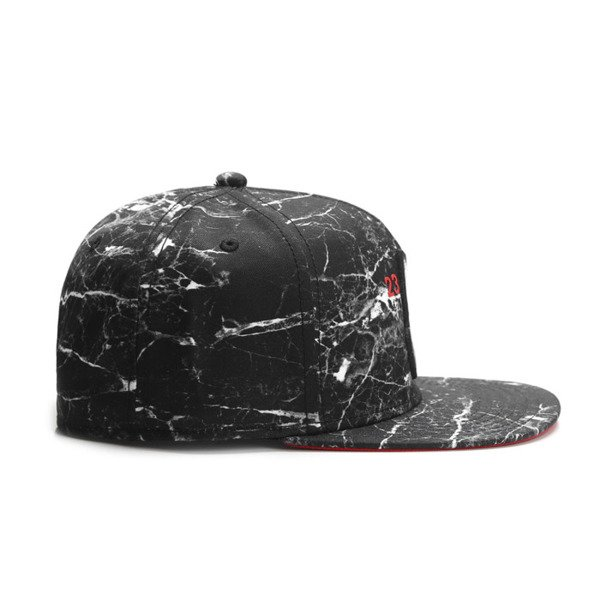 Cayler & Sons White Label snapback Chosen One Cap black marble / red WL-CAY-SU16-04