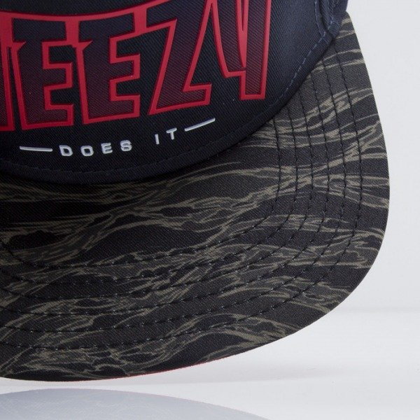 Cayler & Sons cap snapback Weezy Does It navy / tiger camo / red (CAY-SS15-45-01)