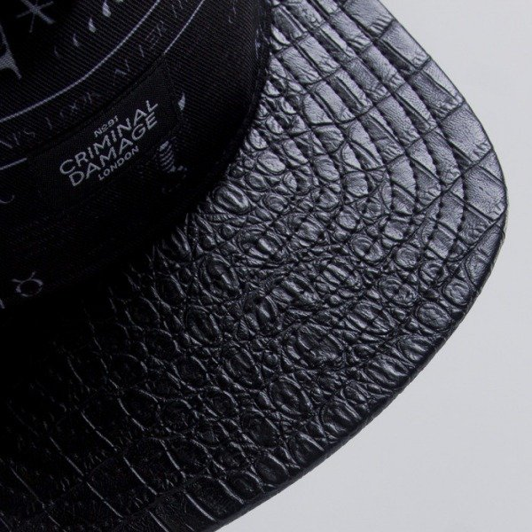 Criminal Damage snapback Scorpion black
