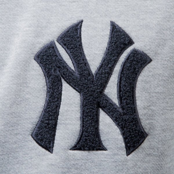 Majestic Athletic Bulba Chenille Chest Logo Crew Sweat New York Yankees grey MNY2367E2