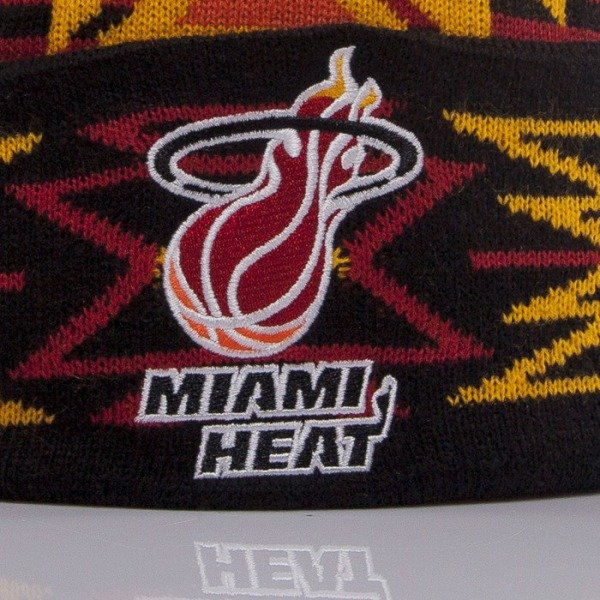 Mitchell & Ness beanie Miami Heat burgundy Geo-Tech KN50Z