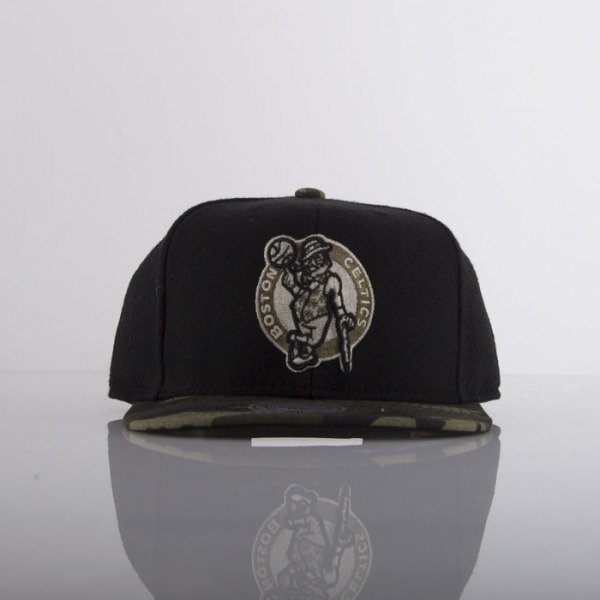Mitchell & Ness cap Boston Celtics black Combat EU275