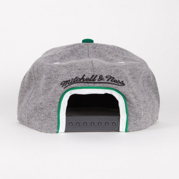 Mitchell & Ness cap Boston Celtics grey Warm-UP