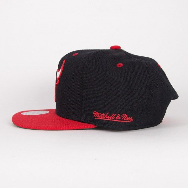 Mitchell & Ness cap Chicago Bulls black / red Flipside