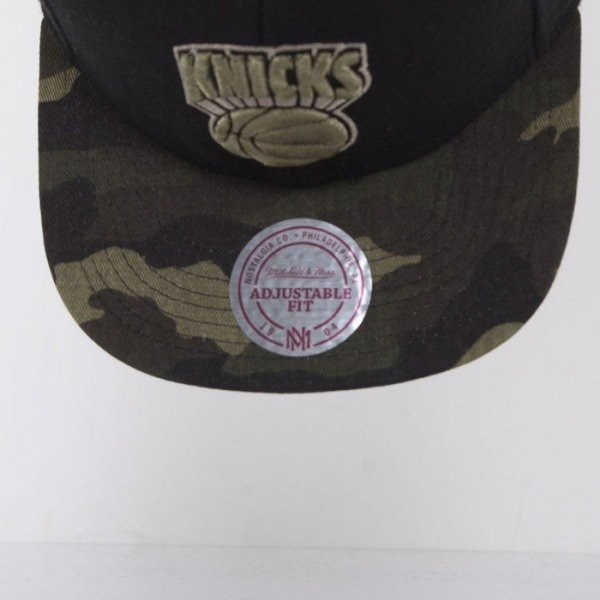 Mitchell & Ness cap New York Knicks black Combat EU275