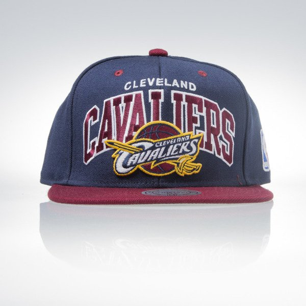 Mitchell & Ness cap Snapback Cleveland Cavaliers navy Team Arch NA80Z