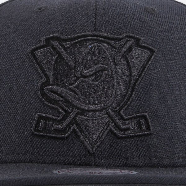 Mitchell & Ness cap snapback Anaheim Mighty Ducks black All Black EU788
