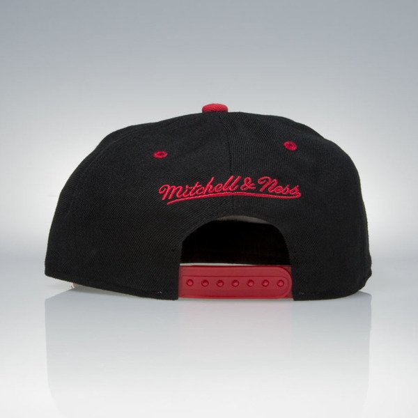 Mitchell & Ness cap snapback Atlanta Hawks black / red TEAM ARCH NA80Z