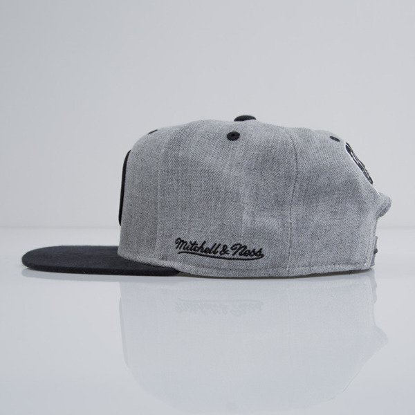 Mitchell & Ness cap snapback Boston Bruins heather grey EU438 BACKBOARD