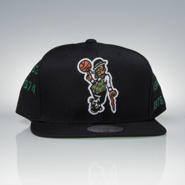 Mitchell & Ness cap snapback Boston Celtics black Championship Years V099Z