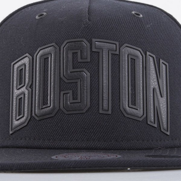 Mitchell & Ness cap snapback Boston Celtics black Superior EU778