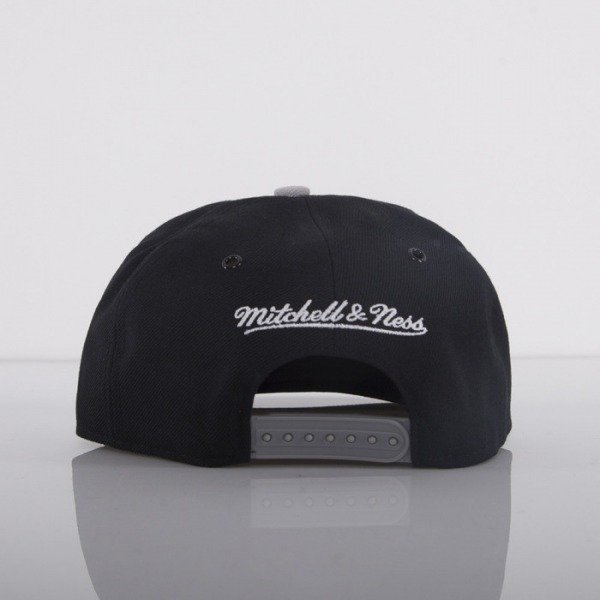 Mitchell & Ness cap snapback Brooklyn Nets black Carbon Fibre EU281