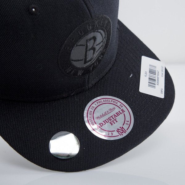 Mitchell & Ness cap snapback Brooklyn Nets black EU441