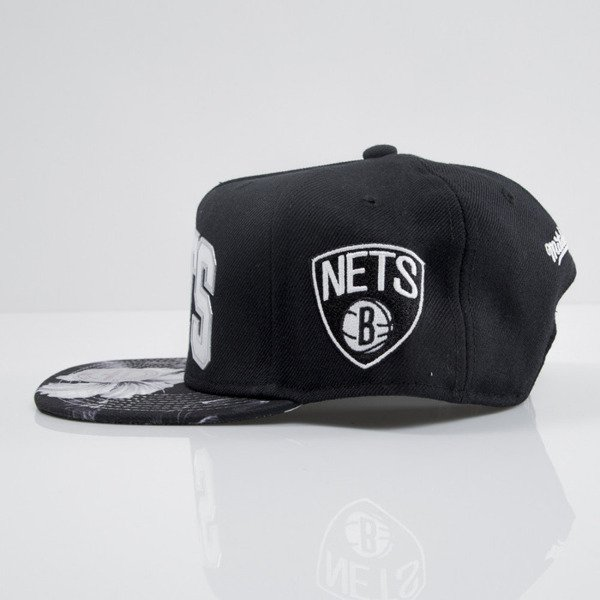 Mitchell & Ness cap snapback Brooklyn Nets black Tropical Visor Sonic EU665