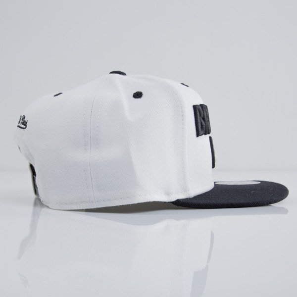 Mitchell & Ness cap snapback Brooklyn Nets white EU398 FORCES