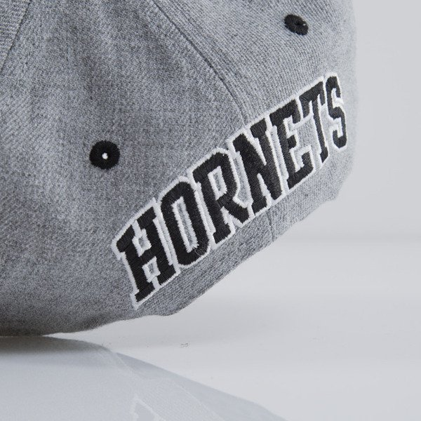 Mitchell & Ness cap snapback Charlotte Hornets heather grey EU438 BACKBOARD