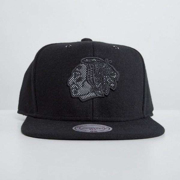 Mitchell & Ness cap snapback Chicago Blackhawks black Reworked EU504