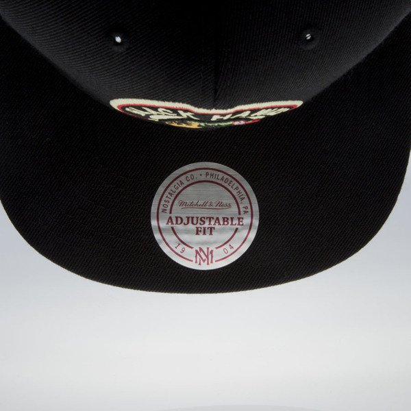 Mitchell & Ness cap snapback  Chicago Blackhawks black Wool Solid / Solid 2 NL17Z