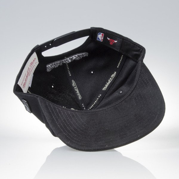 Mitchell & Ness cap snapback  Chicago Bulls black Base EU822