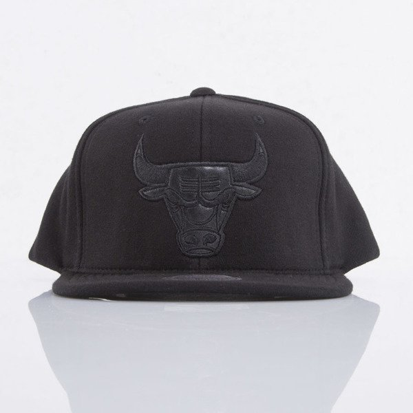 Mitchell & Ness cap snapback Chicago Bulls black Black Out EU783