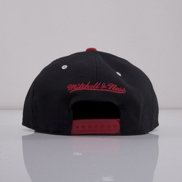 Mitchell & Ness cap snapback Chicago Bulls black EU250