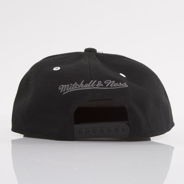 Mitchell & Ness cap snapback Chicago Bulls black Marked EU693
