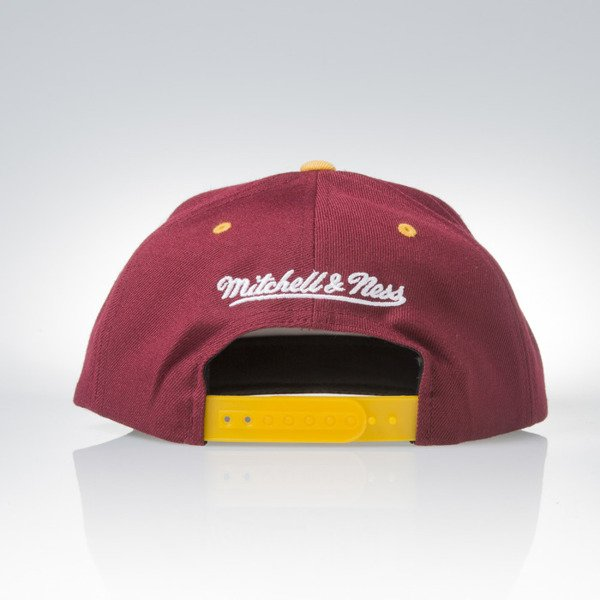 Mitchell & Ness cap snapback Cleveland Cavaliers burgundy / camo Camo Fill VC96Z
