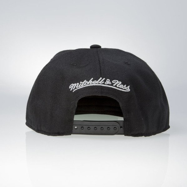 Mitchell & Ness cap snapback San Antonio Spurs black WOOL SOLID NL99Z