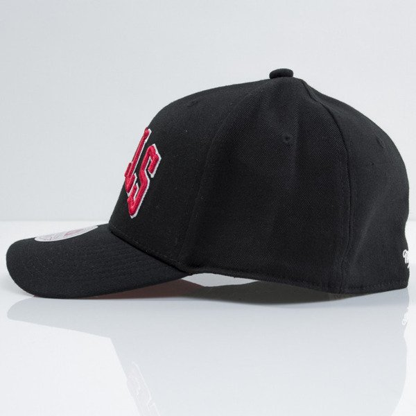 Mitchell & Ness cap strech fit Chicago Bulls black Courtside EU384