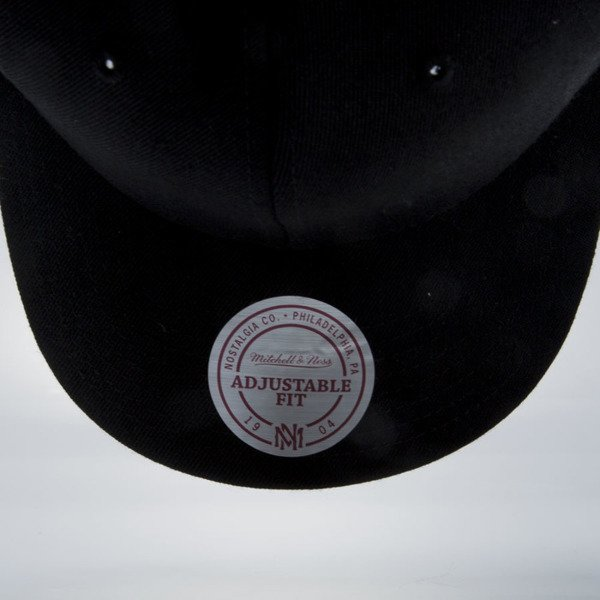 Mitchell & Ness snapback M&N black EU1011 SOLID COLOUR LOW PRO STRETCH