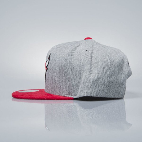 Mitchell & Ness snapback cap Chicago Bulls grey heather / red VO59Z HEATHER MICRO