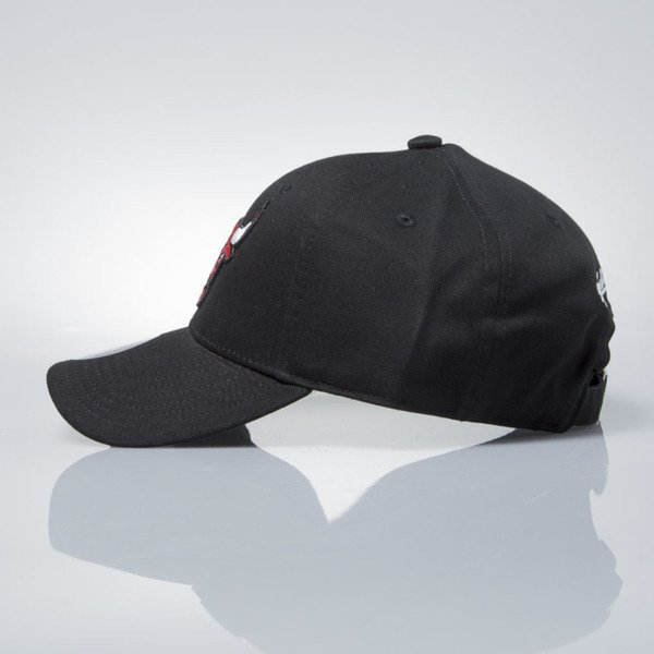 Mitchell & Ness strapback Chicago Bulls black  EU1053 LOW PRO