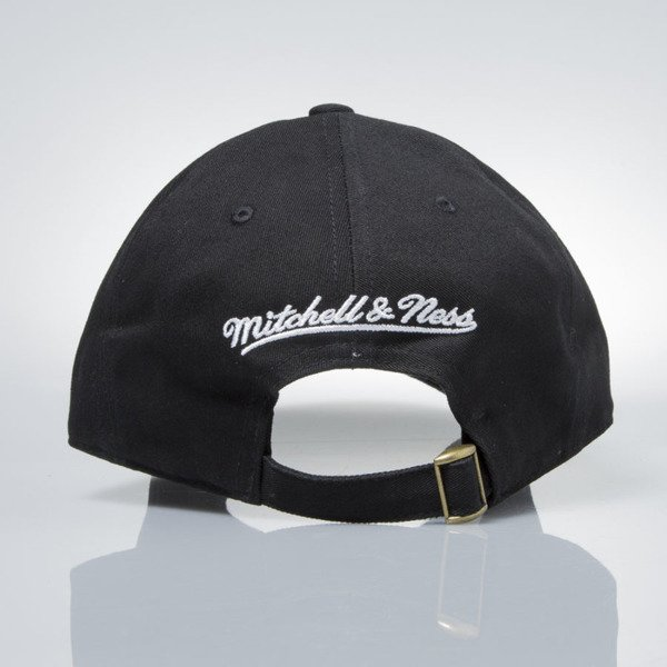 Mitchell & Ness strapback Los Angeles Lakers black  EU1053 LOW PRO