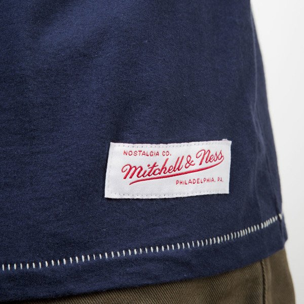 Mitchell & Ness t-shirt Cleveland Cavaliers navy TEAM LOGO TAILORED