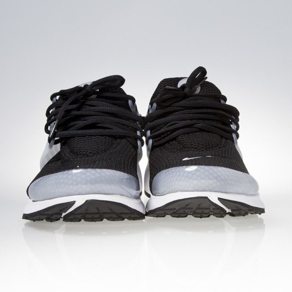 Nike Air Presto black / black-white (848132-010)