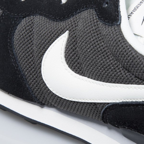 Nike Internationalist deep pewter / sail-black-antrct (828041-201)
