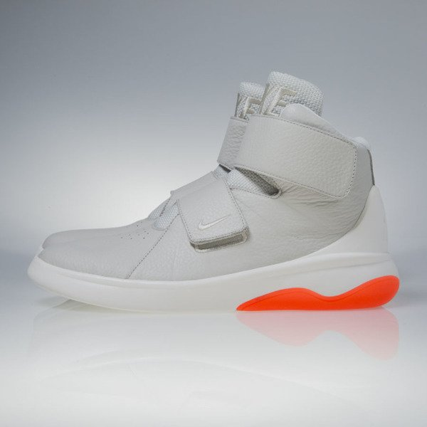 Nike Marxman light bone / steel / crimson (832764-003)
