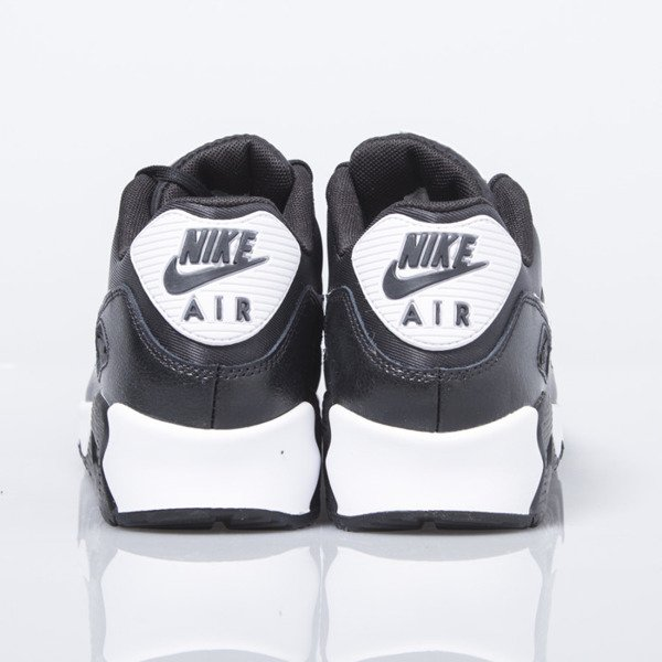 Nike WMNS Air Max 90 Essential black / white (616730-023)